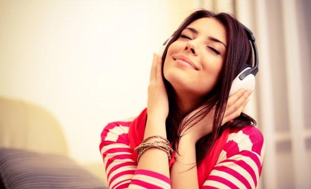 escuchar-musica-audifonos